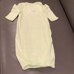 LIKE NEW! Carters Infant nightgown